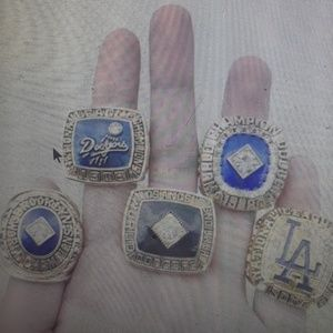 Set of 5 los Angeles Dodgers world series champio.